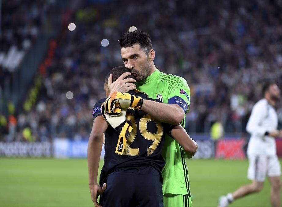 Mbappé et Buffon, Juventus - AS Monaco