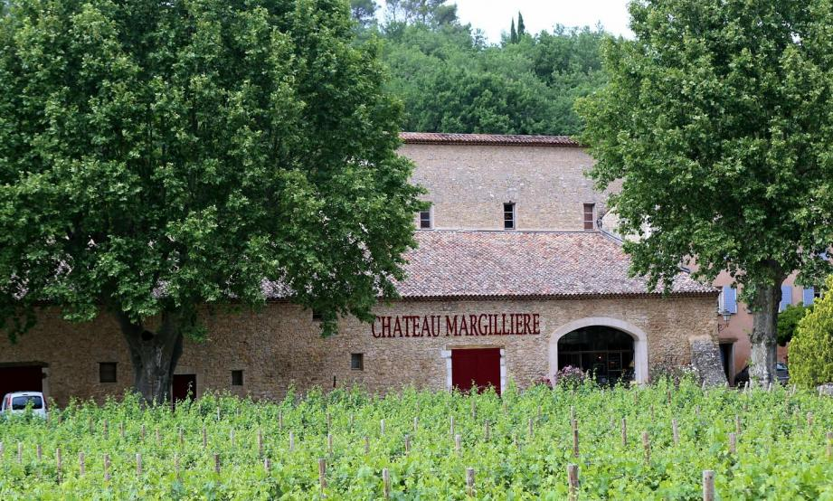 Le domaine de la Margillière proposera une visite de cave et des dégustations, une promenade dans le vignoble et une exposition intitulée « Agriculture en Provence verte ».