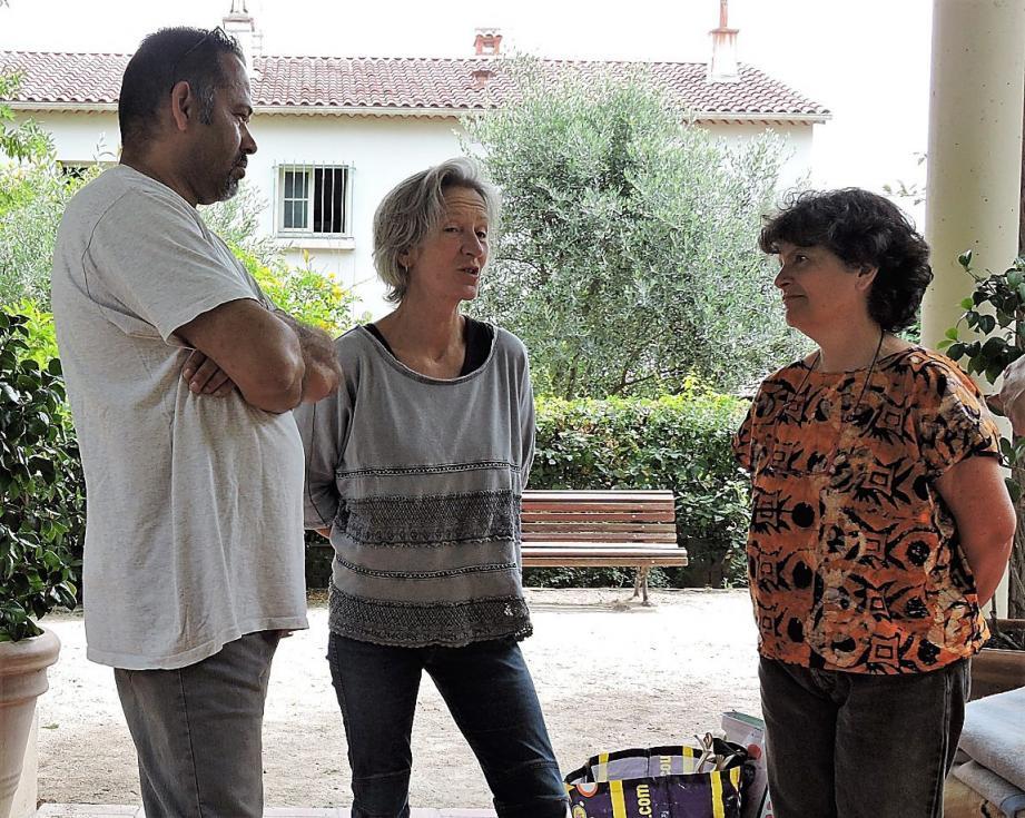 (De gauche à droite) Benoît de Souza, Emmanuelle Not et Nicole Dubois.