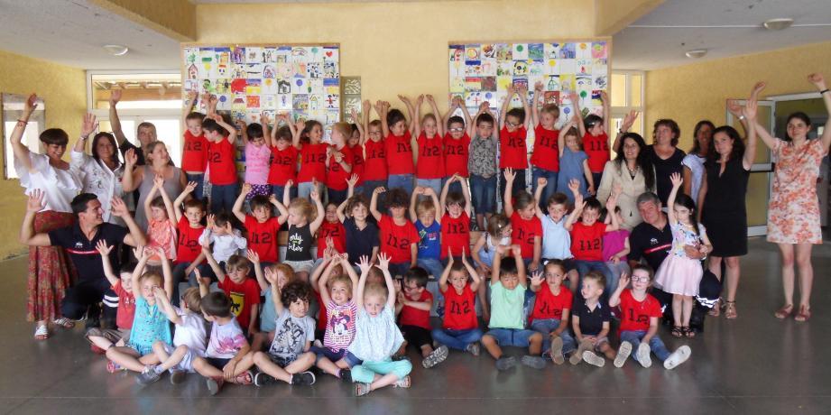 En partenariat avec l'union départementale des sapeurs-pompiers, les élèves de l'école Jean XXIII ont réalisé un clip vidéo.