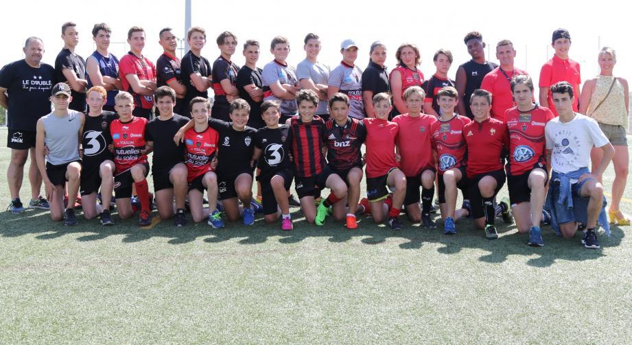 Le tournoi final M14 du Super Challenge de France regroupe les seize meilleures écoles de rugby de France. Les premières rencontres débuteront samedi après-midi en terres biterroises.