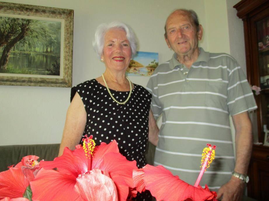 Plus de soixante ans d'amour et de bonheur unissent Geneviève et Lucien Bonan.