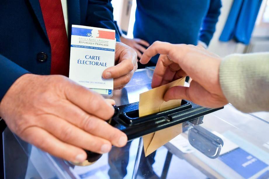 On votera dimanche de 8 h à 18 h ou 20 h dans les Alpes-Maritimes.