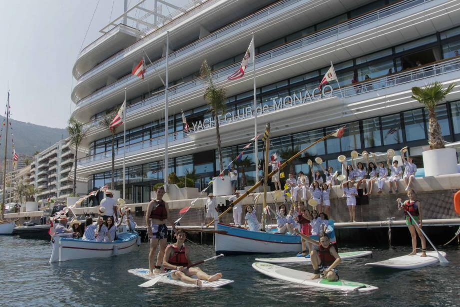 Chaque année, la célébration de la Saint-Pierre donne lieu à une journée festive sur le quai et dans l'eau.