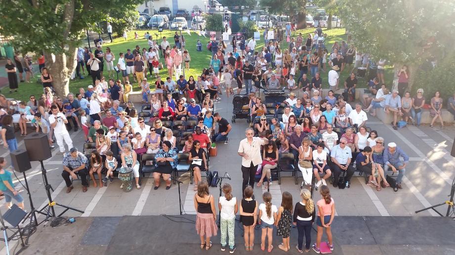 Élèves, parents, professeurs et musiciens ont partagé cette grande fête de la culture et de l'amitié.