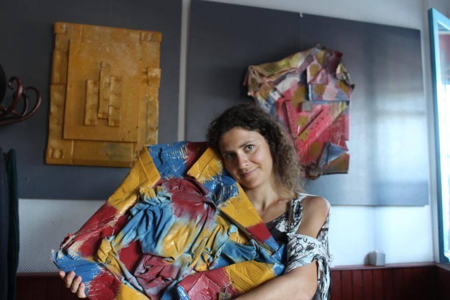 La jeune artiste expose une douzaine de pièces jusqu'à la fin du mois à la Trinquette.