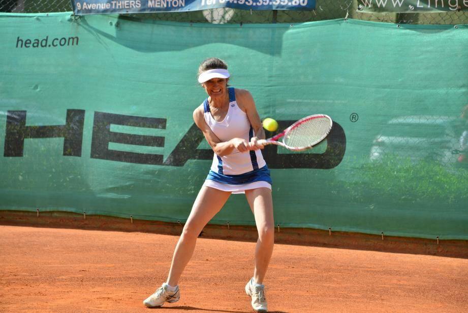 C'est l'heure des tournois de tennis dans le bassin mentonnais. (DR)