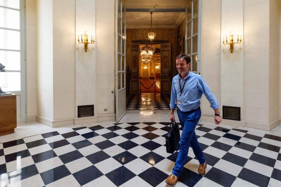 Le député En marche ! Cédric Roussel a fait ses premiers pas à l'Assemblée mardi. Le plus rapidement possible, afin de se mettre au travail sans plus attendre.