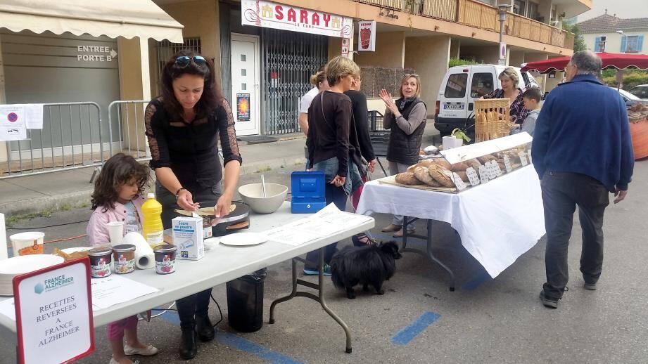 Dans le cadre des Journées de Marcel, la société Domicéa a proposé une vente de crêpes solidaires.