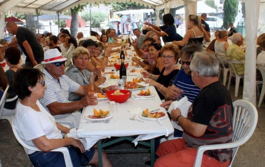 La Fête de l'olivier a fait le plein cette année encore sur la place du Festin.