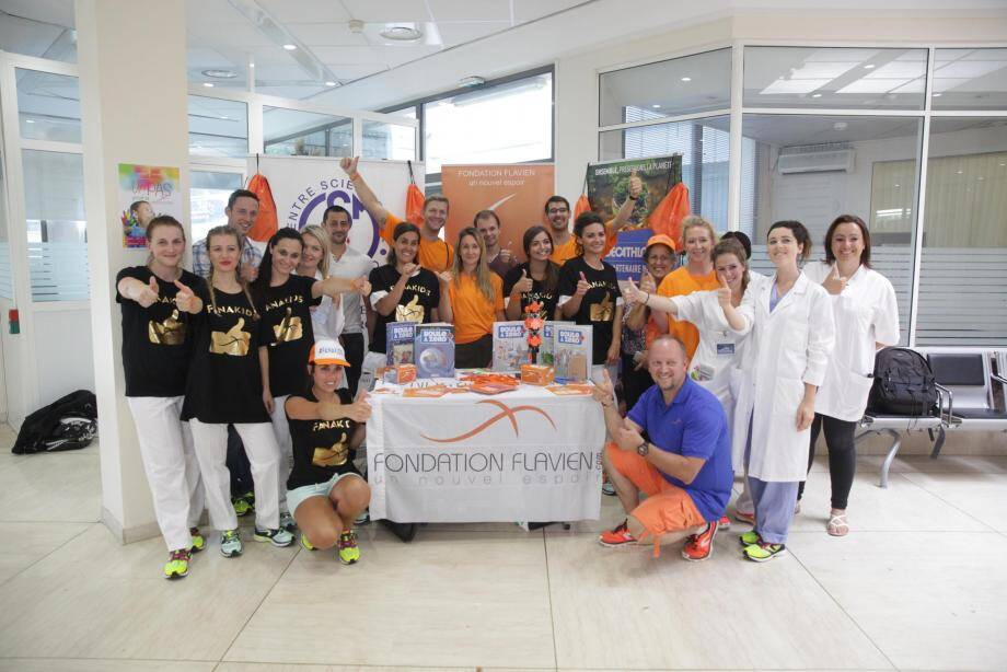 Ils étaient 24 ambassadeurs hier, répartis entre les services des pôles de Cagnes et d'Antibes, à marcher pour la Fondation Flavien Monaco. Le but était de récolter des fonds afin d'accompagner la recherche contre le cancer chez les enfants.