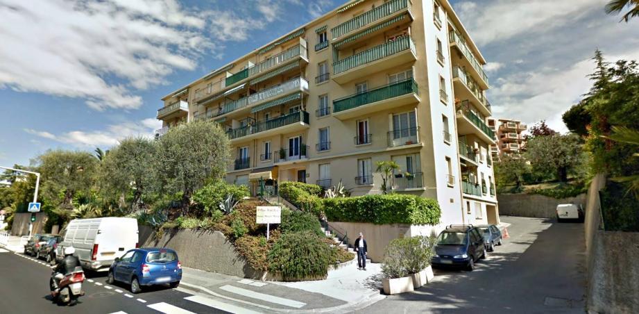 L'immeuble où vit le forcené, avenue Henri-Matisse.