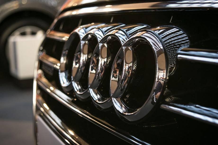 Une voiture de la marque Audi.