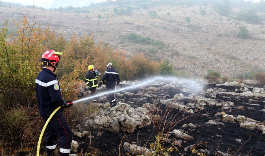 Après un incendie sur la route du col de Vence (illustration).