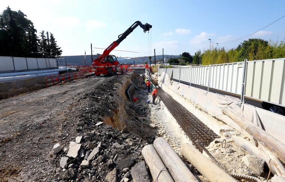 La réouverture du rail entre Cannes et Grasse est toujours prévue le 11 décembre malgré un surprenant aléa de chantier...