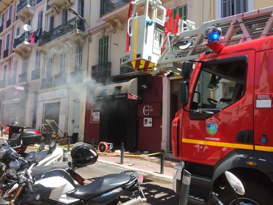 Le feu s'est déclenché vers 11h30.