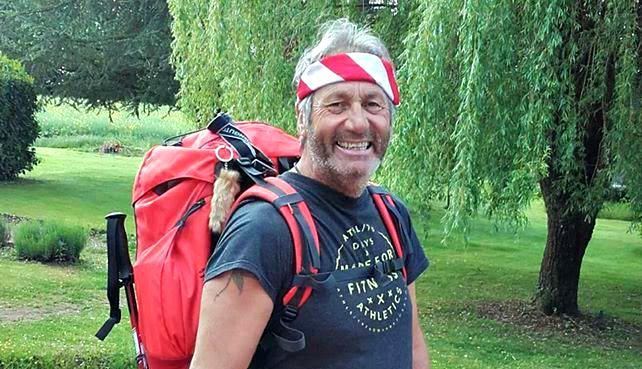 Il marche 950 km de Paris à Nice pour sensibiliser le public aux maladies infantiles