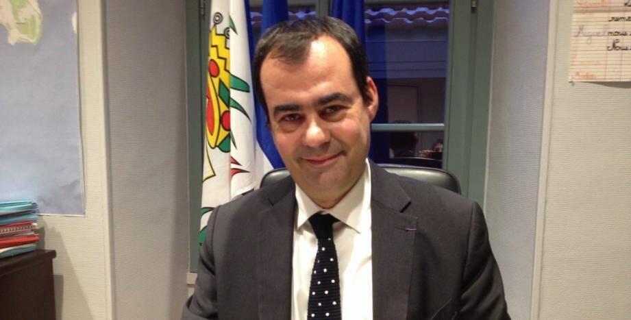 Lauriano Azinheirinha.