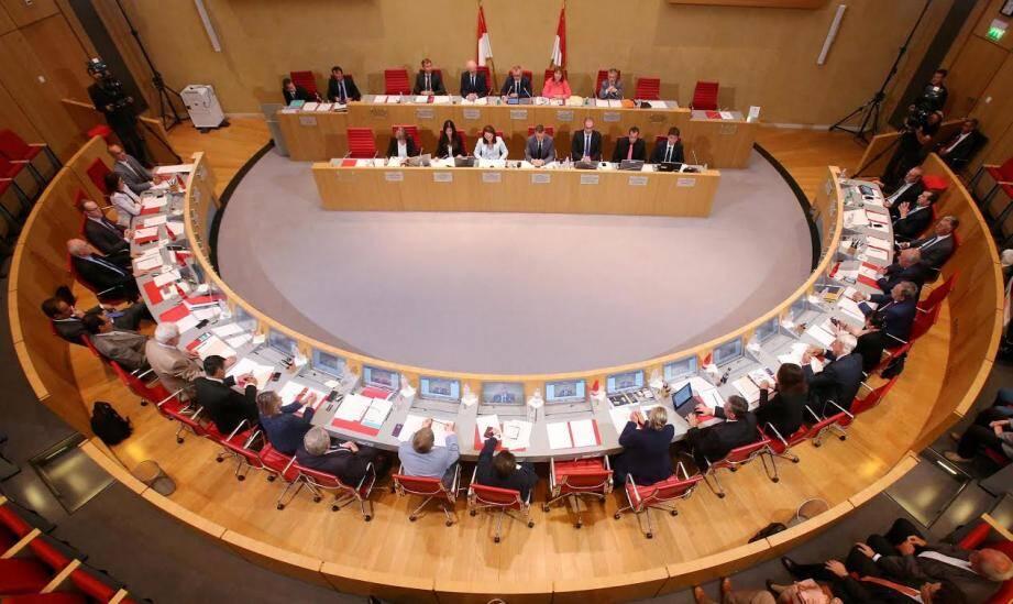 L'assemblée du Conseil national.