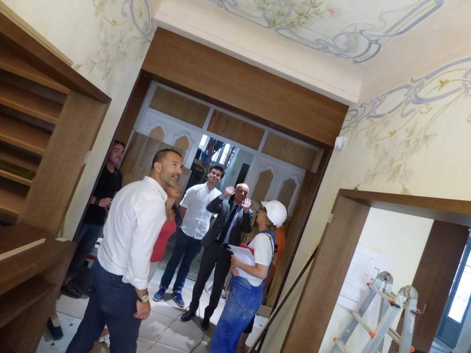 Les restaurateurs et conservateurs polonais ont déjà fait un superbe travail, admiré ces jours derniers pa rle maire, Loïc Dombreval.