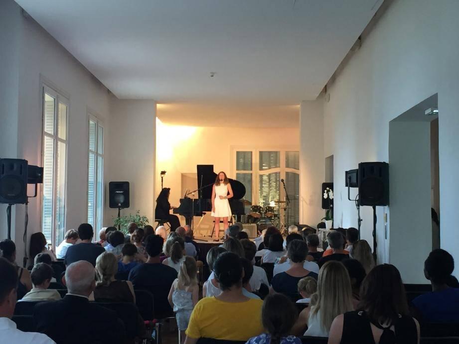 Un concert de belle qualité, ni trop long ni trop court, donné par le Conservatoire Intercommunal de Musique et des Arts de Cap-d'Ail.