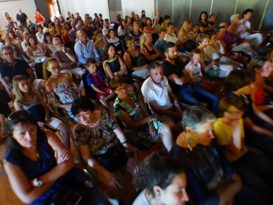 Un public conquis en cette fin d'année scolaire salle Falcoz.