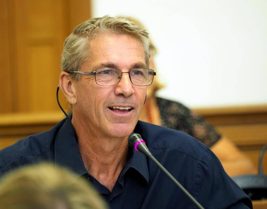 Derrière les sourires, la joute verbale entre le conseiller FN et le maire d'Antibes a été… sans concession.
