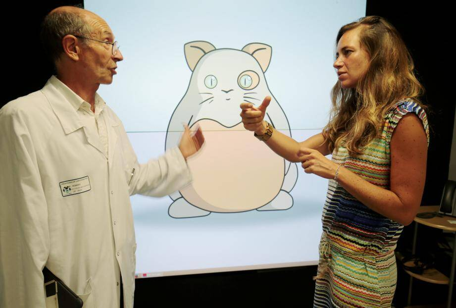 En marge de cette vaste enquête inédite, le professeur Philippe Robert et Auriane Gros, docteur en neurosciences du laboratoire CoBTek, ont conçu un serious game. Avec jeu de rôle et relaxation en 3D pour traiter le stress post-traumatique chez les 6-12 ans.
