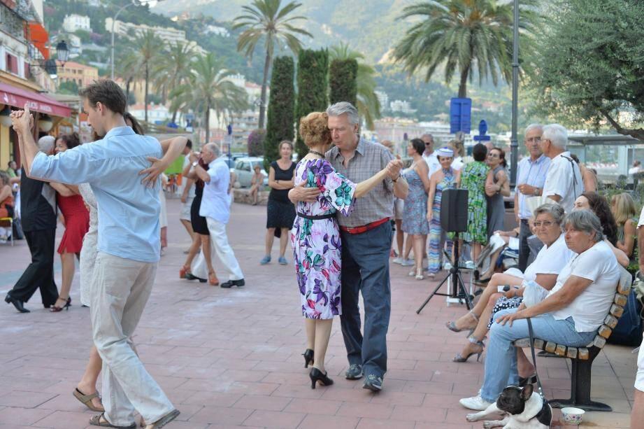 Dès vendredi, le Festival de Tango fera son grand retour estival à Menton pour sa 15e édition.(Archives Photos Michael Alesi et Cyril Dodergny)
