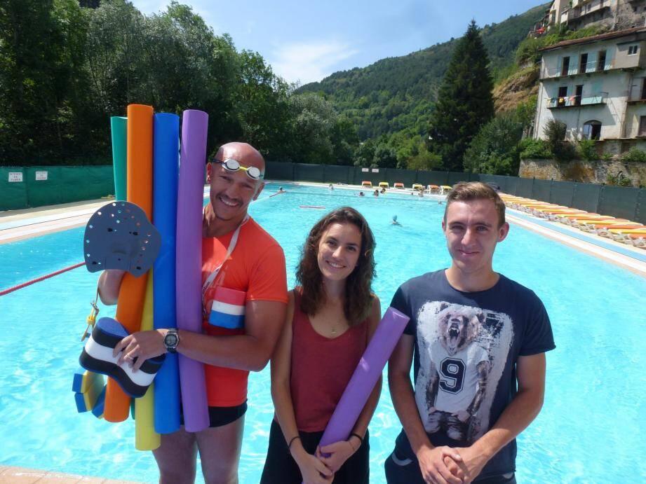 Christophe, Alice et Anthony vous souhaitent la bienvenue à la piscine de Tende !