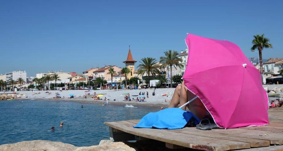 Durant l'été, vacanciers et locaux vont profiter du bord de mer. Mais attention, tout n'est pas permis !