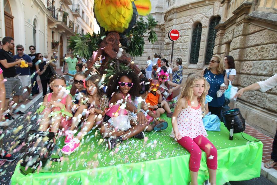 Vendredi, c'est jour de carnaval à Monaco-Ville, sur le thème, cette année, de la Polynésie. (Archive photo N.-M.)