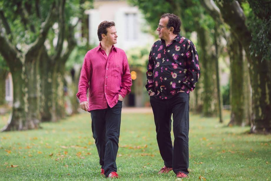 Le guitariste Sylvain Luc et l'accordéoniste Richard Galliano jouent les chansons de Piaf à Notre-Dame-du-Brusc à 20 h 30 lundi 24 juillet.  (DR)