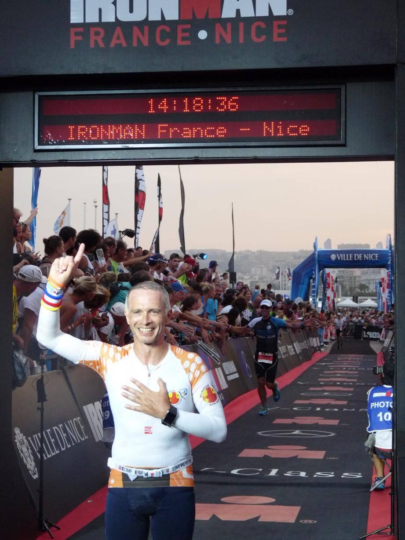 Samuel Etienne a terminé l'Ironman pour la deuxième fois hier, à la tombée de la nuit.