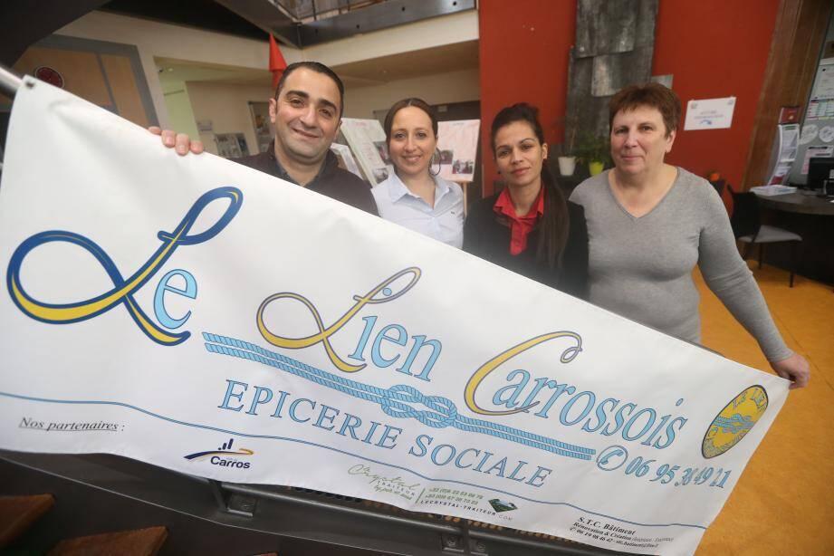Depuis un an, le Lien Carrossois attendait un lieu pour ouvrir son épicerie sociale.