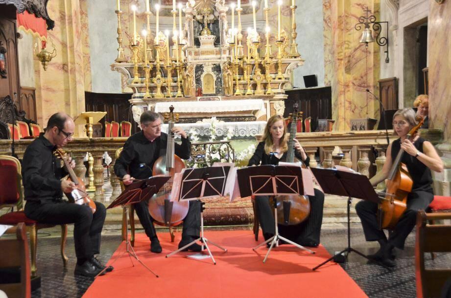 L'ensemble Concerto di Viole a livré un concert baroque assez exceptionnel à partir du meilleur du baroque français.