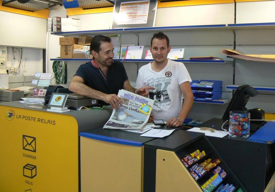 Patrick Cesana le gérant (à gauche) et Marius sont prêts pour accueillir les visiteurs.