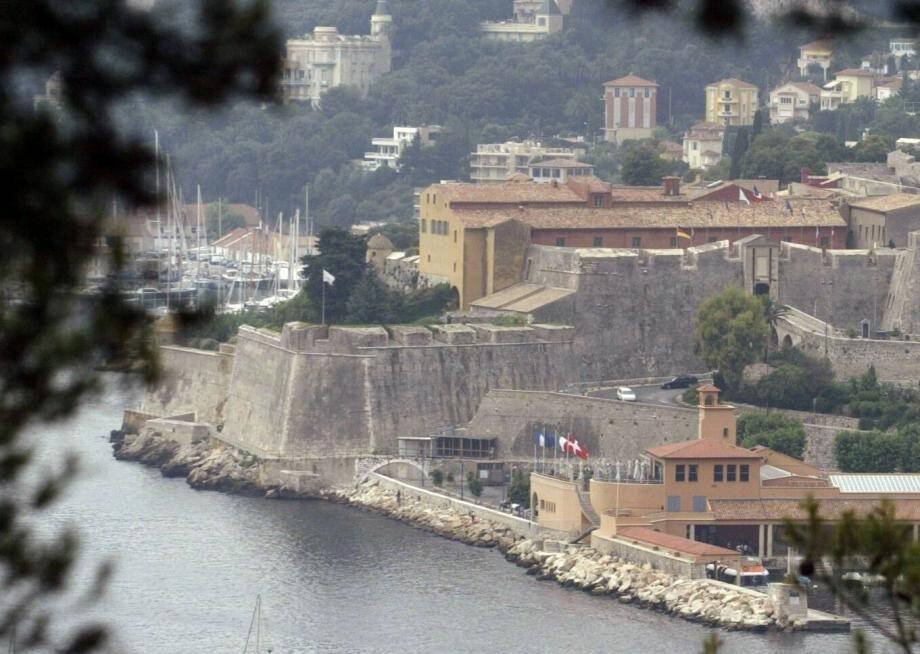La citadelle de Villefranche-sur-Mer accueille la mairie.