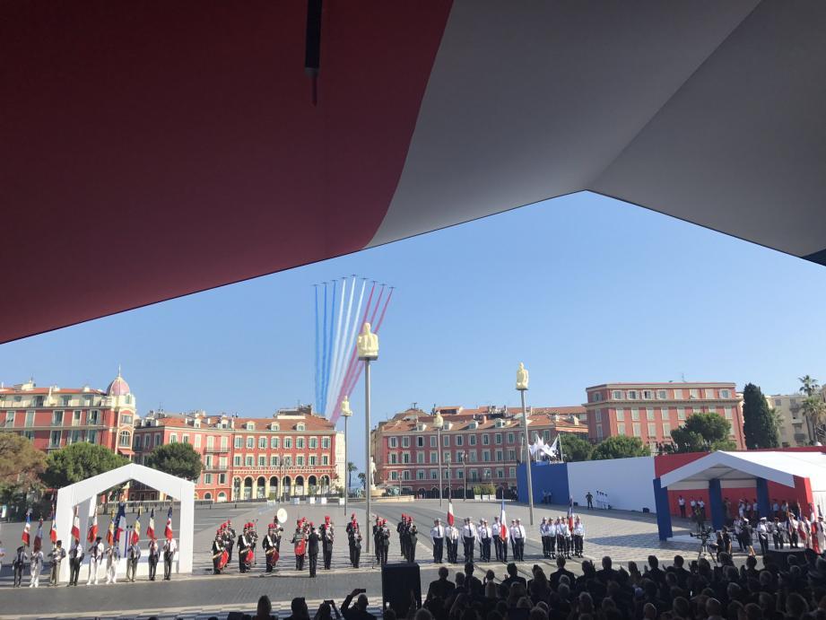 La Patrouille De France vue depuis la tribune Place Massena
