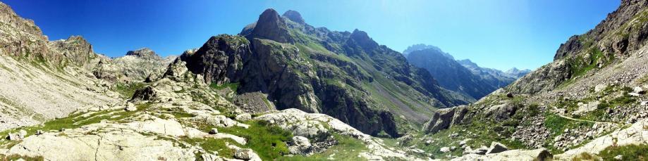 Valée de la Gordolasque dans la vallée de la Vésubie au coeur du Parc national du Mercantour.