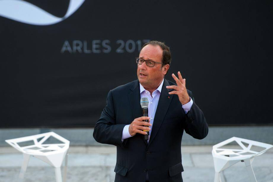 Francois Hollande à Arles ce vendredi soir.