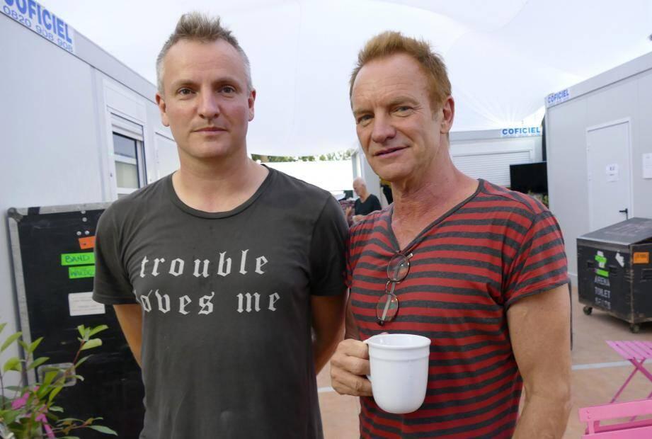 Sting et son fils Joe Sumner en coulisse du festival de Jazz à Juan 2017.