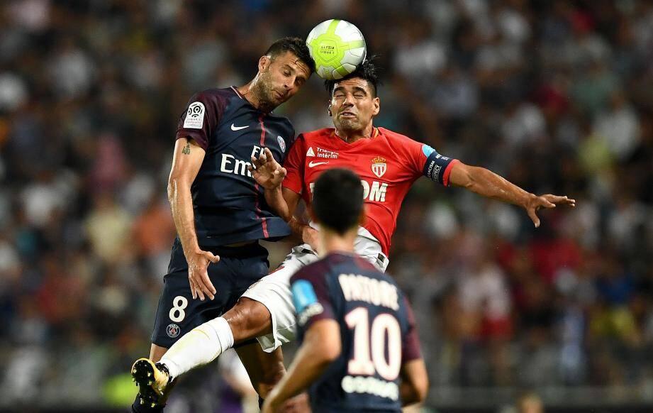 Thiago Motta et Falcao à la lutte