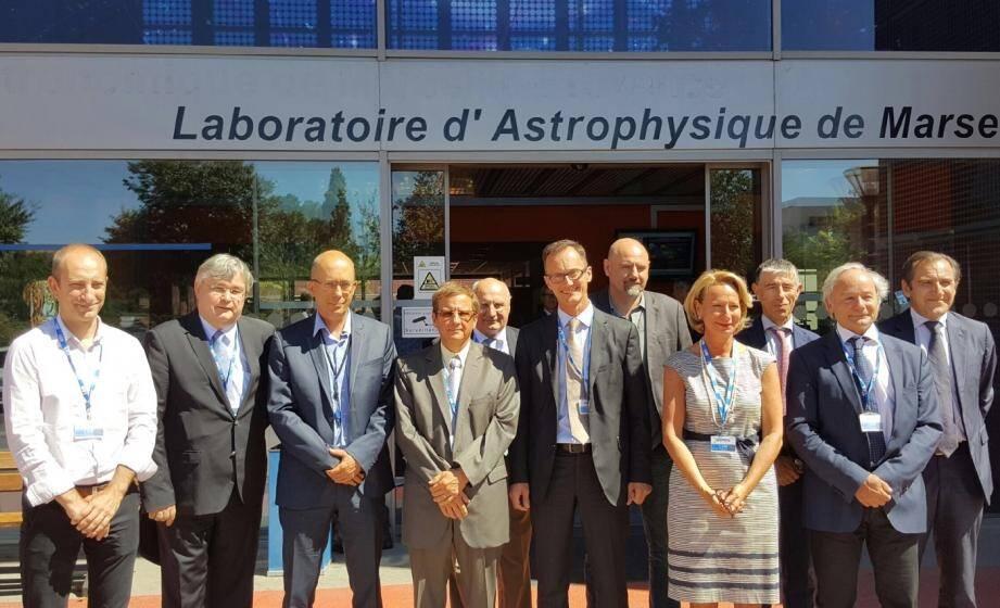 Le groupe Thales et le Laboratoire d'Astrophysique de Marseille ont renforcé aujourd'hui leur collaboration avec la mise en place d'un laboratoire commun dédié aux systèmes optiques et instrumentation embarquée.