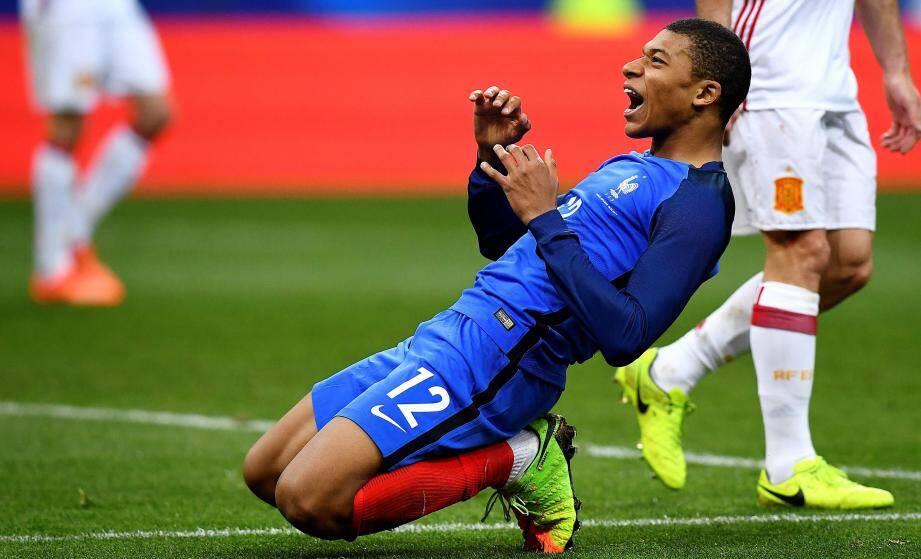 A 18 ans, Mbappé est le plus jeune Monégasque chez les Bleus.