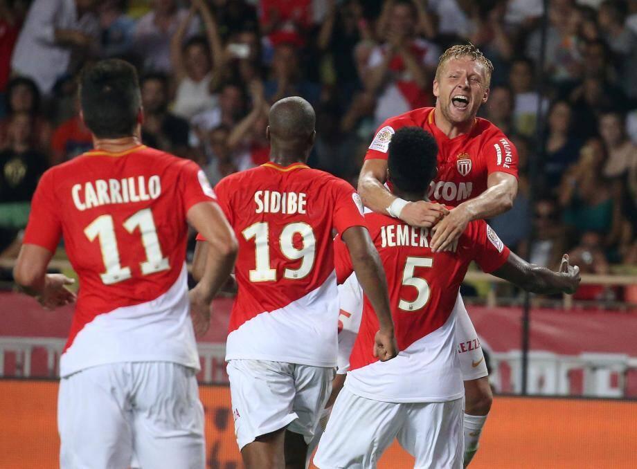 Le défenseur Kamil Glik a offert la victoire aux Monégasques.