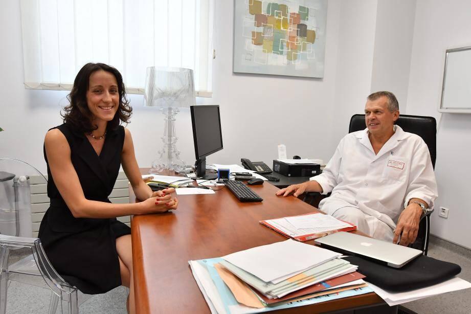 Nathalie Roger-Clément, responsable qualité, et Maurice Chazal, chef du service de chirurgie du CHPG,  travaillent quotidiennement pour maintenir le prestige du CHPG.