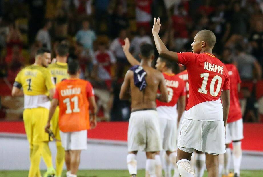Voilà plusieurs semaines que les rumeurs entourant l'avenir de Kylian Mbappé.