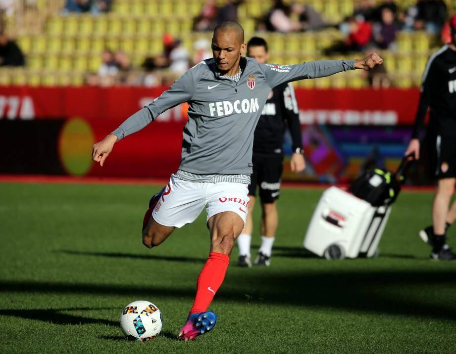 Fabinho devrait rester encore cette saison à Monaco.