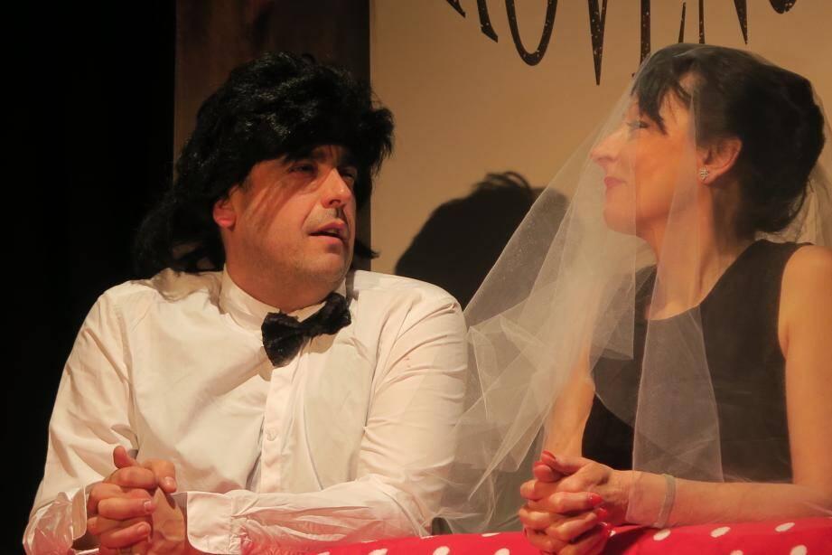 La compagnie de la Barjaque revisitera avec humour la vie de couple ce jeudi. (DR)